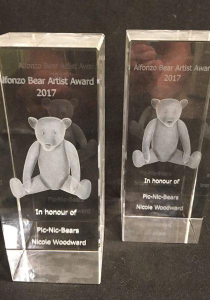 Alfonzo Bear Artist Award 1